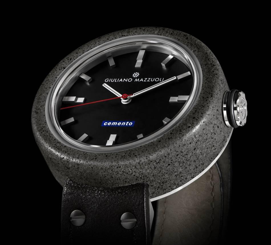 Giuliano Mazzuoli : montre design en ciment