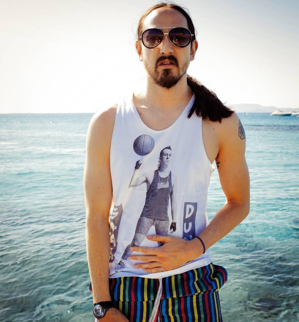 DJ Steve Aoki pour Corum