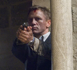 Quantum of solace : Daniel Craig porte une Omega Seamaster Planet Ocean
