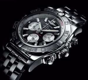 Chronomat B01 : relooking d'un modèle mythique qui se dote d'un mouvement manufacture…