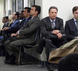 The company men : Chris Cooper porte un chrono Breitling