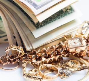 Ce qu'il faut savoir avant de revendre vos vieux bijoux et vos tocantes anciennes