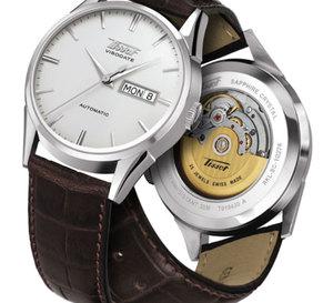 Tissot Visodate 1957 : une montre « jour/date » automatique au design vintage à moins de 500 euros