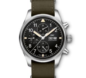 IWC relifte son chrono d'aviateur dans un look plus vintage