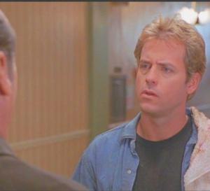 Pour le pire et le meilleur : Greg Kinnear porte une Tag Heuer Link