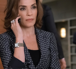 The good wife : Julianna Margulies porte une montre Hermès Heure H