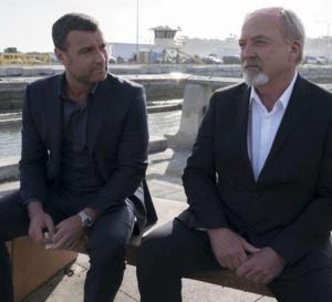 Ray Donovan : Liev Schreiber porte une Omega Seamaster