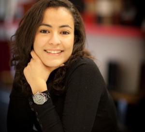 Portrait de Mounia :  de l'iconique J12 Chanel à une Calatrava vintage Patek Philippe