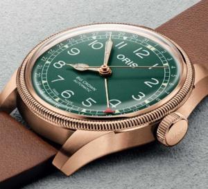 Oris Big Crown Pointer Date : boitier bronze et cadran vert pour une octogénaire très pimpante