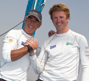 Loïck Peyron –ambassadeur Corum- et Jean-Pierre Dick remportent la Barcelona World Race