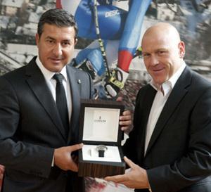 La légende du ski Didier Cuche devient partenaire de Corum