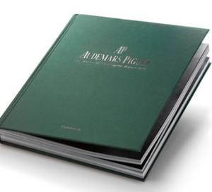Audemars Piguet, le maitre de l'horlogerie depuis 1875 : beau livre chez Flammarion