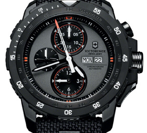 Victorinox Alpnach Mechanical Chronograph : un chrono viril et technique