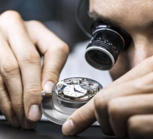 """Jaeger-LeCoultre : son """"care program"""" offre une garantie de huit ans pour ses montres"""