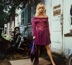 Comme un oiseau sur la branche : Goldie Hawn porte une Panthère de Cartier