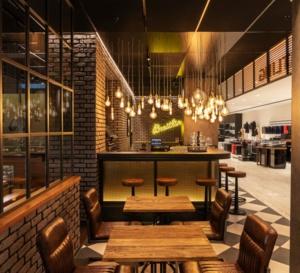 Zurich : Breitling ouvre un concept-store bistro au sein du grand magasin Jelmoli