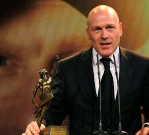 Corum : Didier Cuche élu « Sportif de l'Année 2011 » en Suisse