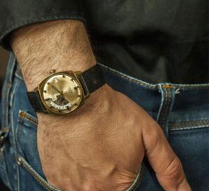 Joachim Gutierrez d'Horlogerie Vintage : l'un des finalistes des Etsy Design Awards