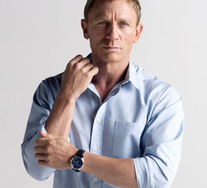 Through their eyes : un documentaire coproduit par Omega avec Daniel Craig, ambassadeur d'Orbis