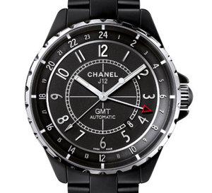 Chanel J12 GMT 41 mm en céramique noire mate ou Chromatic : plus masculine