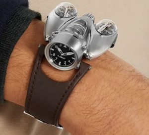 MB&F arrive chez Mr Porter