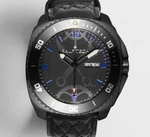 Ralf Tech L'Ecurie Hybrid Black : édition limitée en vente chez Colette