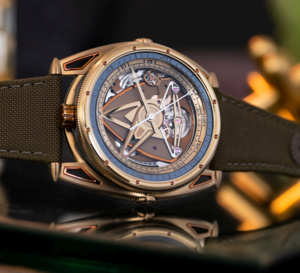 "De Bethune DB28GS ""Yellow Submarine"" : du titane aussi chaud que l'or"