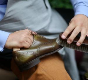 De l'art d'entretenir ses souliers avec David El Hayani