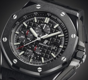 Audemars Piguet Chronographe Royal Oak Offshore 44 mm : carrure et lunette céramique de série