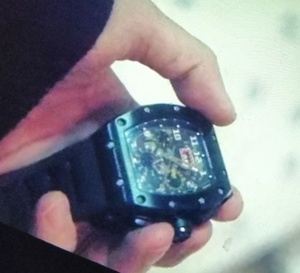 The lies within : Lee Joon-hyuk porte une montre Richard Mille RM 11