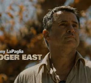 Conspiration : Anthony LaPlaglia porte une Rolex Submariner en acier