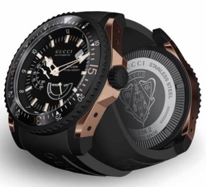 Gucci Dive : montre de plongée extralarge pour hommes