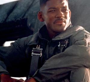 Independance Day : Will Smith porte une Breitling Airwolf