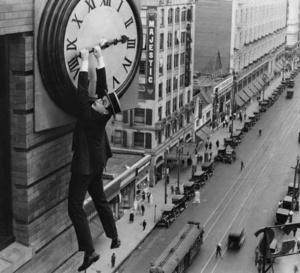 Girard-Perregaux : un beau livre de photos qui évoque les liens entre le cinéma et l'horlogerie