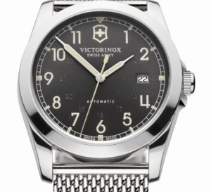 Victorinox Infantry Mechanical : vintage et contemporain à la fois