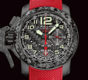 Graham Chronofighter Oversize Superlight Carbon : moins de 100 grammes !