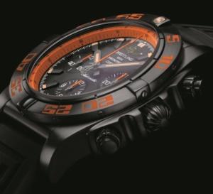 Breitling Chronomat 44 Raven : noir et orange pour look ultra-sportif