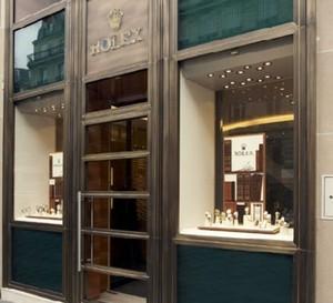 Rolex ouvre sa première boutique à Paris