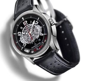 AMVOX2 Chronograph DBS de Jaeger-LeCoultre : une pression sur la glace pour mettre en marche le chrono