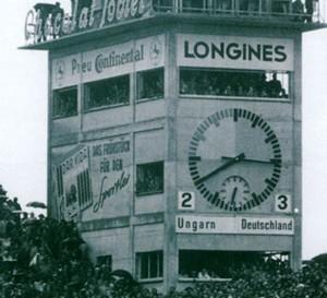 Stade de Suisse : la légendaire horloge du Wankdorf fête son retour grâce à Longines