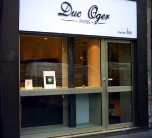 Duc Oger inaugure sa première boutique à Paris dans le 3ème arrondissement