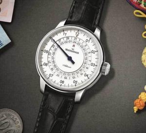 MeisterSinger Adhaesio GMT : une mono-aiguille qui voyage dans le temps...