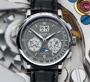 Lange & Söhne Datograph Perpetual : arrivée d'un nouveau modèle en or gris