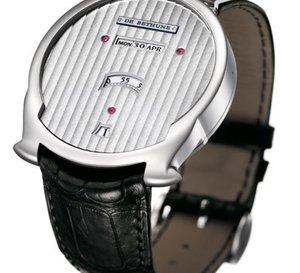 De Bethune Digitale : date en ligne et heures sautantes pour une montre inédite en forme de heaume