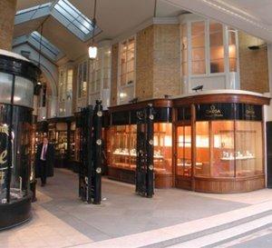 Omega ouvre une boutique de montres vintage en plein cœur de Londres