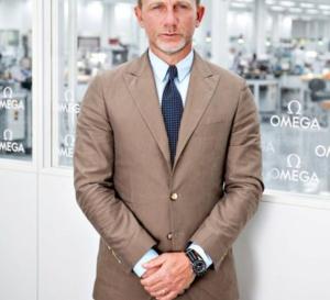 Omega : la montre de James Bond vendue 120.000 euros