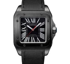Cartier Santos 100 : elle s'habille de noir