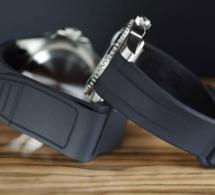 RubberB : le bracelet en caoutchouc avec fermeture en Velcro
