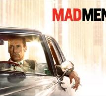 Mad Men saison 2 & 3 : Jon Hamm porte une Jaeger-LeCoultre Reverso