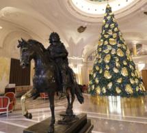Monaco : Chopard illumine le sapin de Noël de l'Hôtel de Paris